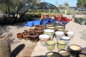 Pots - Many colors and sizes to choose from